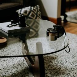 Table en verre à coins arrondis