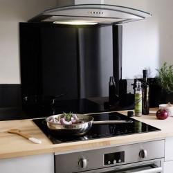 Crédence sur mesure en verre noir pour la cuisine, le fond de hotte, l'évier ou les feux de cuisson